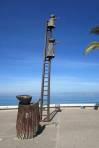Puerto Vallarta - sculpture