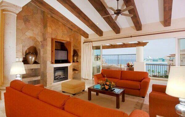 Your Vacations and Villa del Arco Timeshare