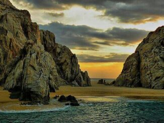 Stunning Lover Beach in Cabo San Lucas